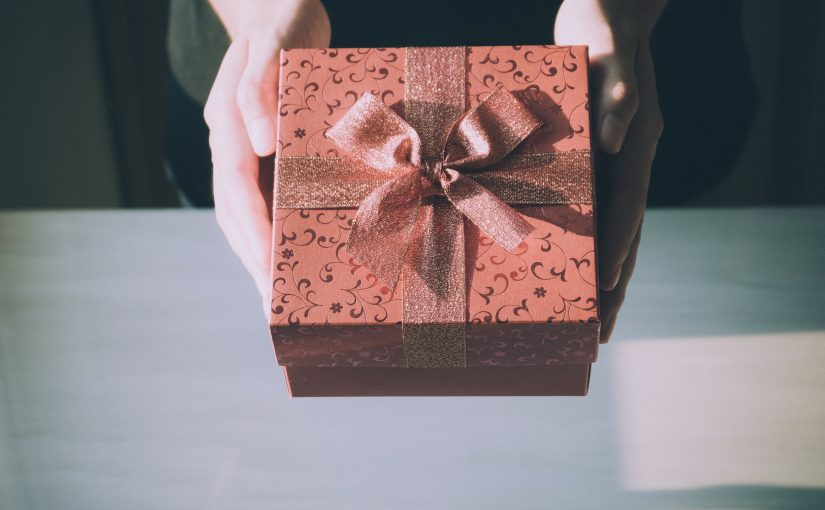 Reasons to Give More Importance to Gift Card than Cash